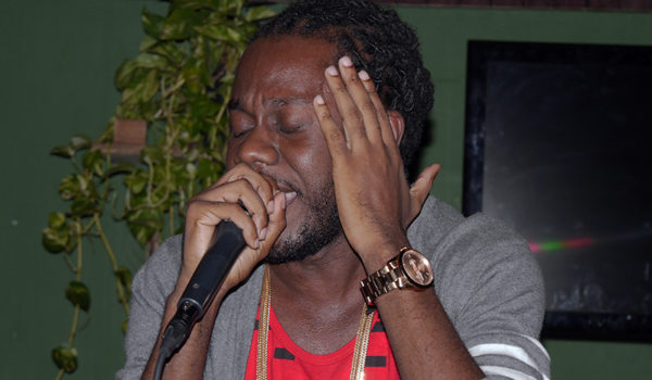 Straight from Jamaica Kali Blaxx live in Roots Cool and Calm reggae Bar, San Pedro - Costa Rica  December 2016. Includes performance coverage and exclusive interview.